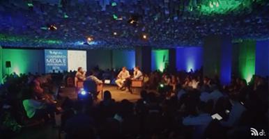conferencia-de-midia-e-performance